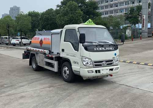 楚飞牌CLQ5040GJY6BJ型加油车