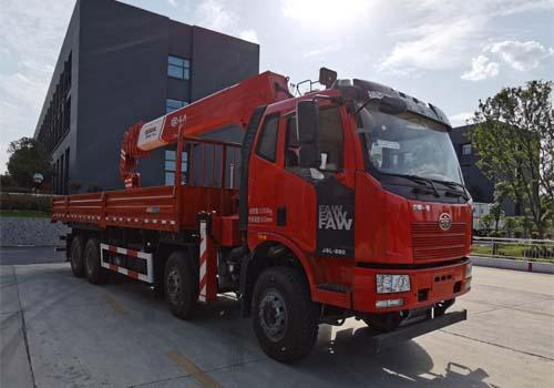 伴君长兴牌AAA5310JSQCA6型随车起重运输车